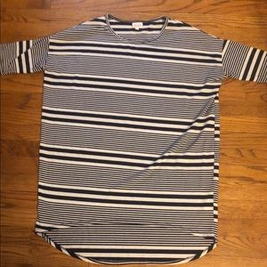 ❤️EUC hi lo tunic shirt perfect for leggings ❤️